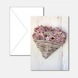 Herz an der Holzwand